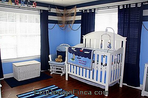 baby sailor bedroom with timeless furniture