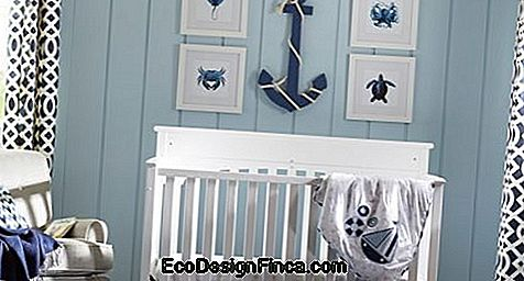 baby room sailor wall with stripes