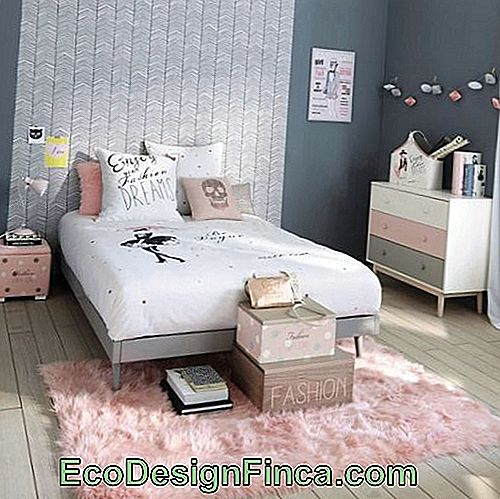 light pink carpet in a room with gray decor