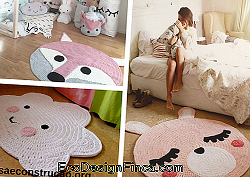 animal shaped crocheted pink rugs