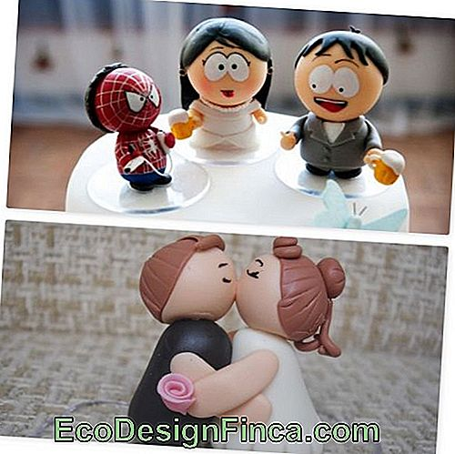 Biscuit dolls for wedding.