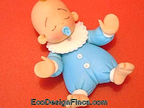 Baby biscuit for boy with blue clothes