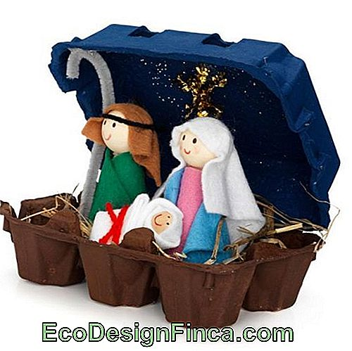 Ei-box-for-decoration-natal