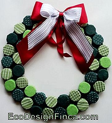 Kerst Ornamenten-Gerecycled-Cover