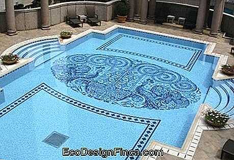 pool with drawing on the background