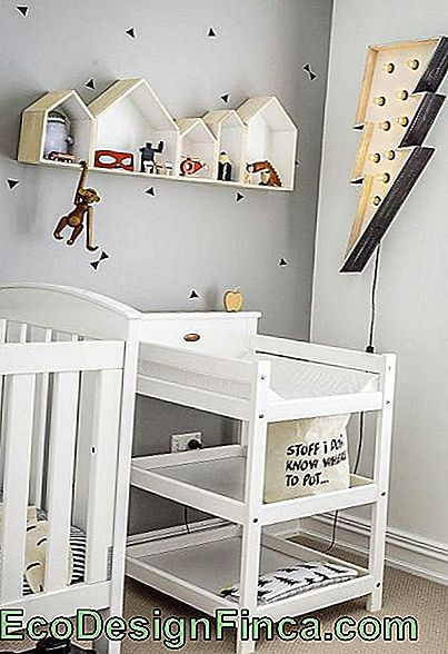 Niches-to-room-for-baby-house-5