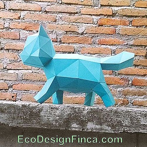 Animal Folding: Blue Cat