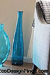 grand vase bleu transparent
