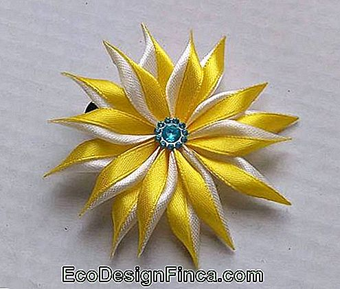 Satin flower: Yellow for hair