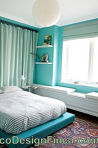 green-water-men-bedroom