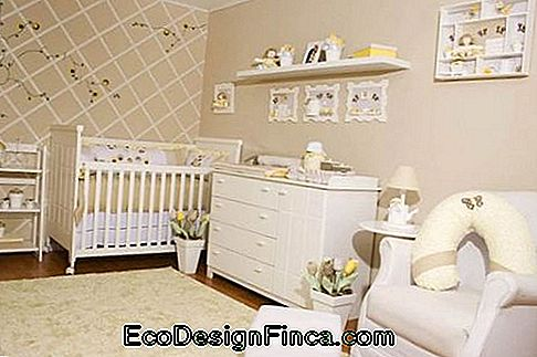 chambre fille beige