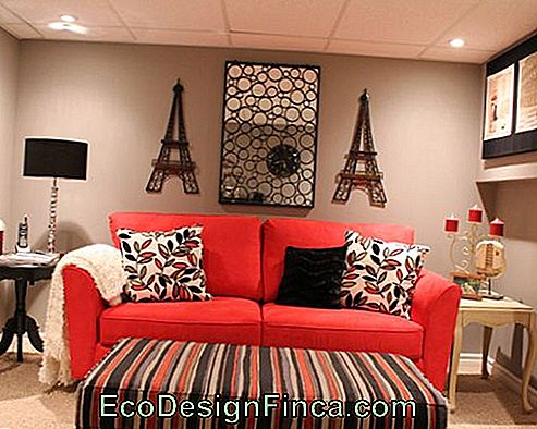 chambre rouge simple