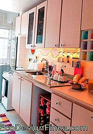 decoratie-met-flasher-in-keuken-simple