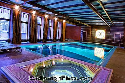 pools-of-luxe-inside-2