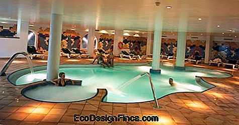 pools-of-luxe-internal-4