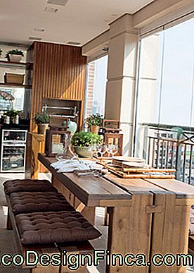 balcone con barbecue