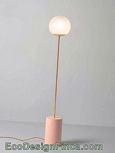 Lampadaire en or rose super mignon