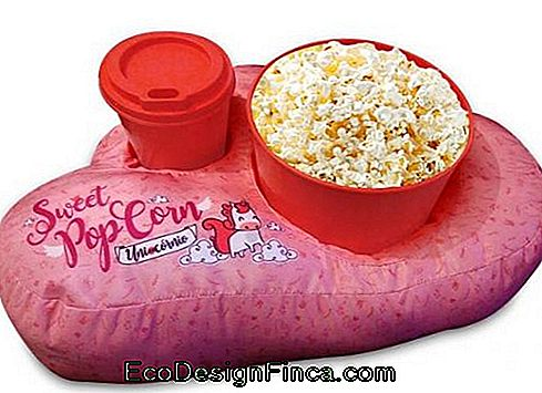 Popcorn Pillow - 50 Perfect Models for Movie Nights!: models
