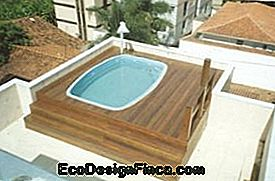 deck pool-modellen met deck