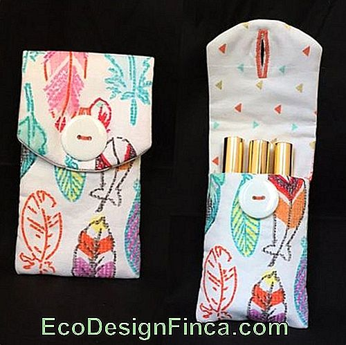Lipstick holder: In printed fabric