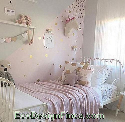 Vintage room decor with unicorn theme