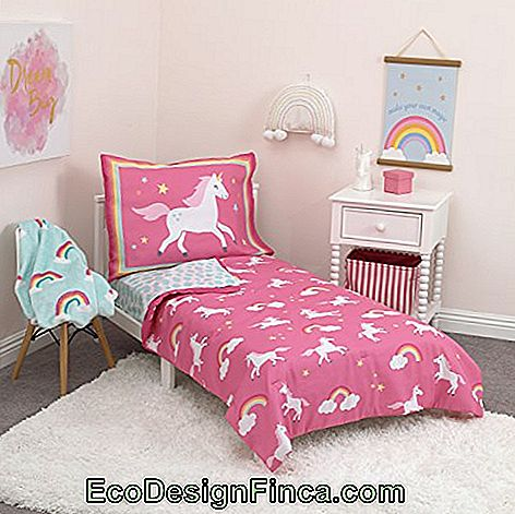 Bedding helps to decorate with the theme