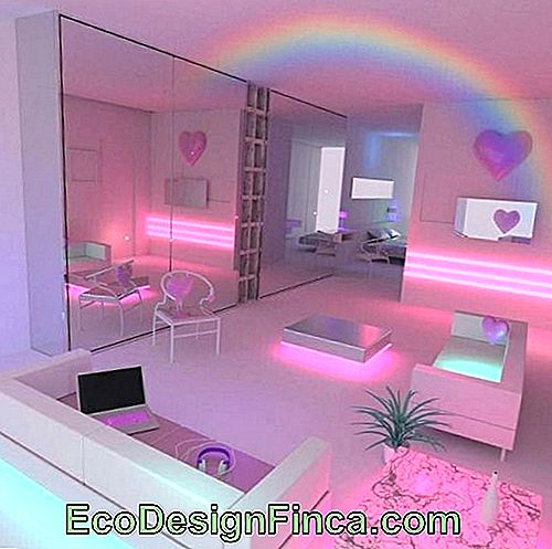 Rainbow effects in the unicorn room