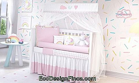 Also has a unicorn room for baby!