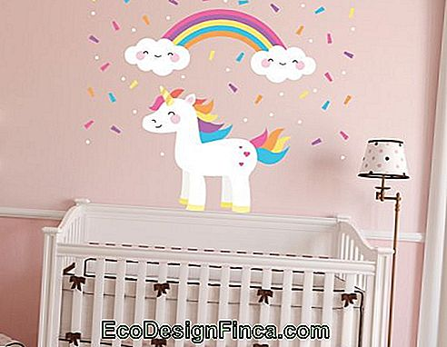 The unicorn theme is on the rise for baby rooms
