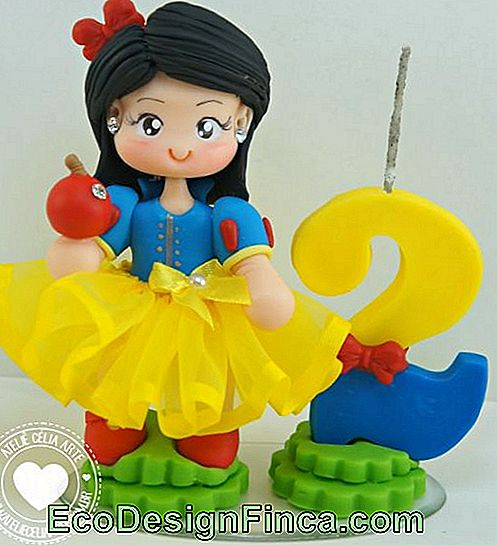 Biscuit Candle Snow White