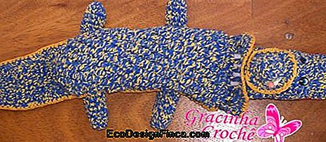 croche-jacare-blue-weight-of-the-door
