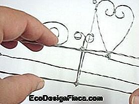 How to Make a Twisted Wire Shelf: shelf