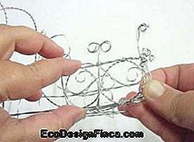 How to Make a Twisted Wire Shelf: twisted
