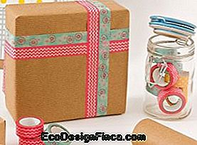 Come usare nastri Washi per decorare scatole regalo