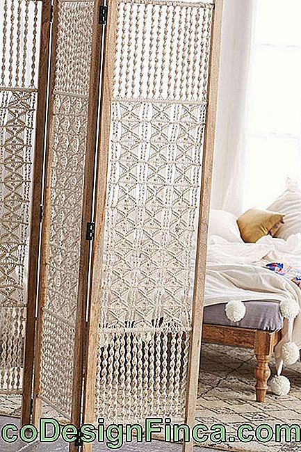 Wooden screen with mattress