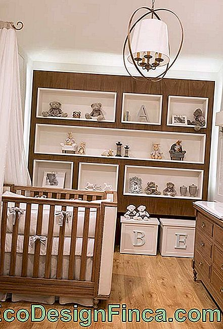 Planned Niches on the whole wall of the small baby room