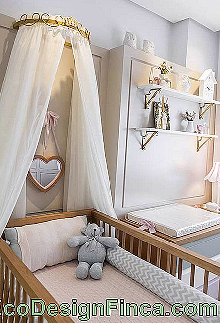 Small baby room in princess style