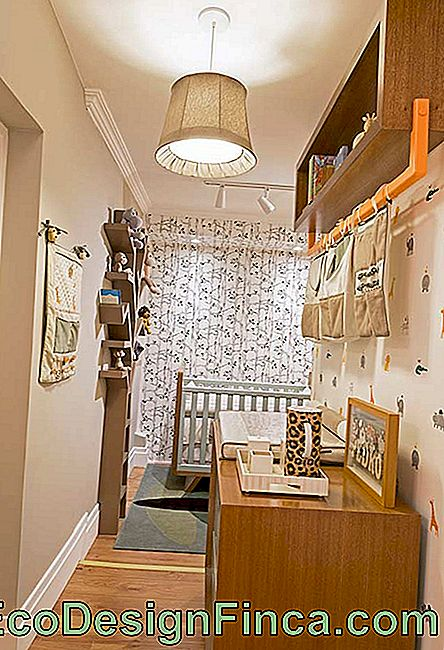 Baby room with corridor