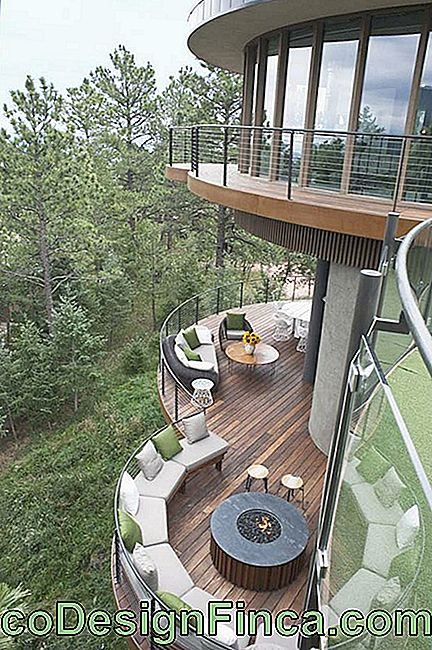 Wooden balcony with rounded shape