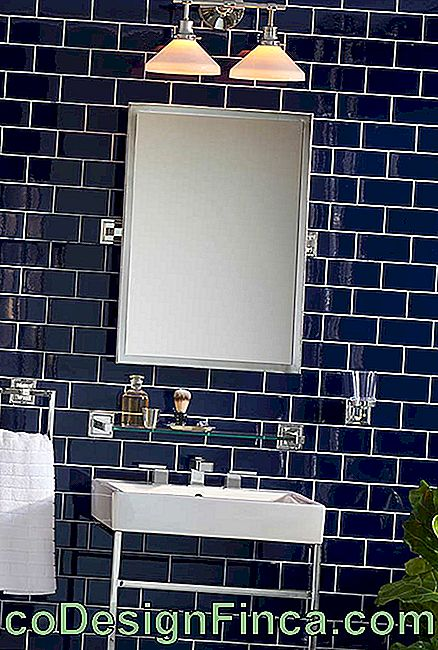 Tile subway tiles in bathroom