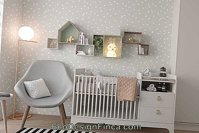 Crib with built-in dresser: solution for small rooms