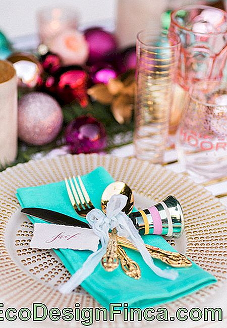 Christmas ornaments for table easy to make