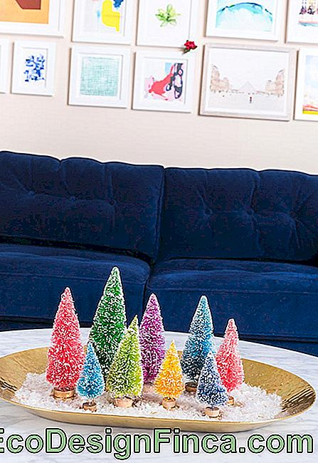 Christmas decorations for living room