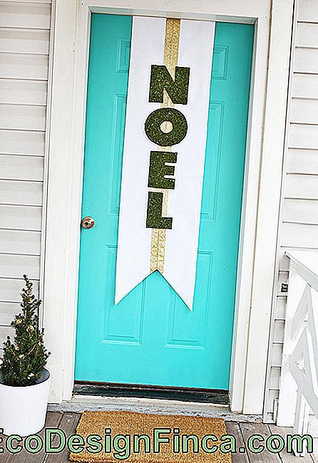 Signalize: Christmas ornaments for doors and windows