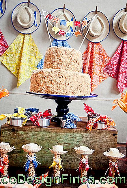 Cake in feestdecoratie Junina