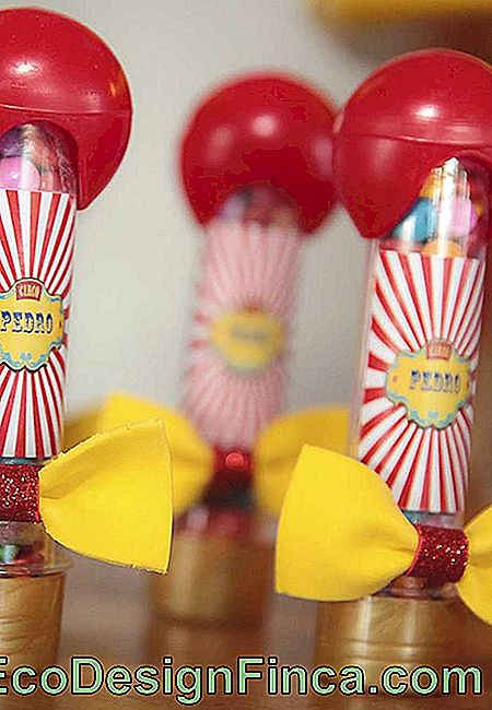 Use creativity when it comes to personalizing the packaging of the circus party treats.