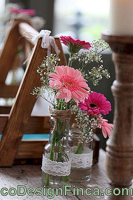Do-It-Yourself Wedding Arrangement