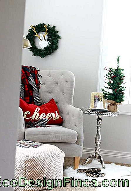 Christmas Pillows: 60 Decorating Ideas and How to Make: decorating