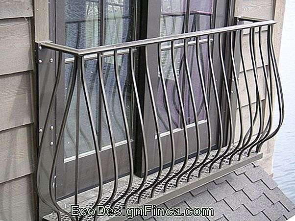 Aluminum Bodyguard For Ladder And Balcony: Tips And 40 Photos!