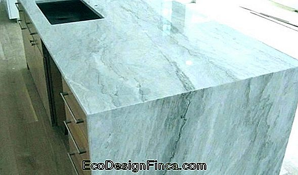Carrara Marble: Beautiful Pictures, Price And Tips!